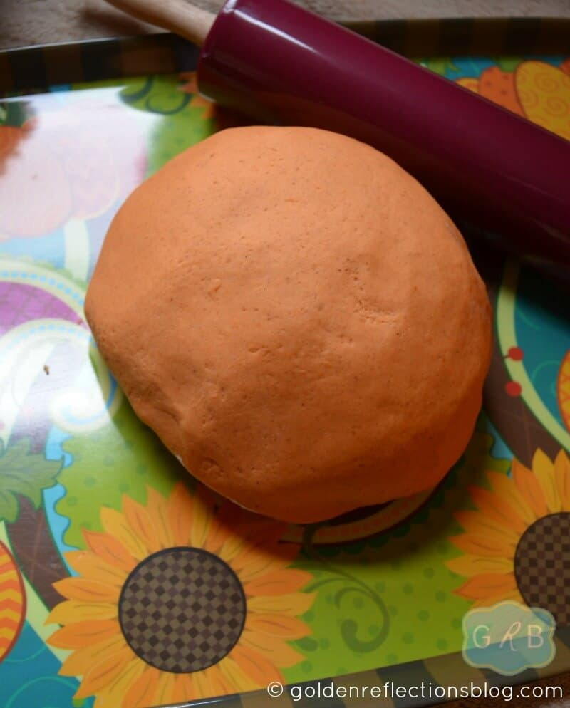 Pumpkin Pie Scented Play Dough 4