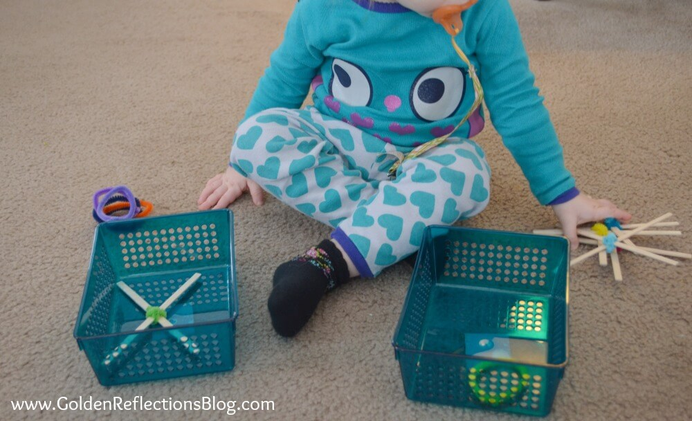 Crossing Midline Activity for Littles with DIY Tic Tac Toe Pieces - PreWriting Activities for Kids Series