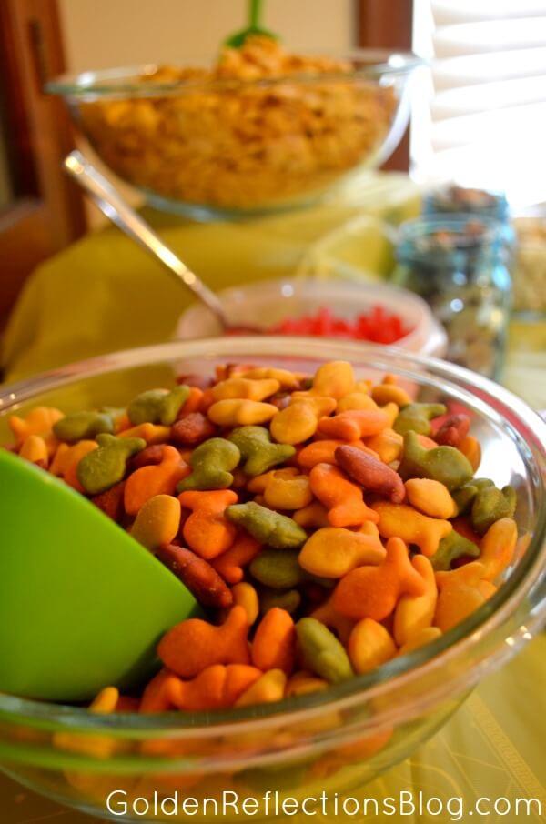 Goldfish Cracker Bar - Fish Themed Birthday Party Ideas - GoldenReflectionsBlog.com