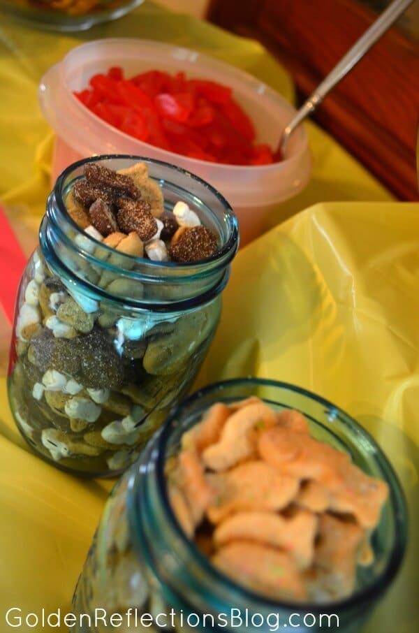 Goldfish Cracker Bar for Fish Themed Birthday Party - GoldenReflectionsBlog.com