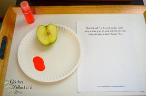 Apple print tray part of the apple theme tot school week. www.GoldenReflectionsBlog.com