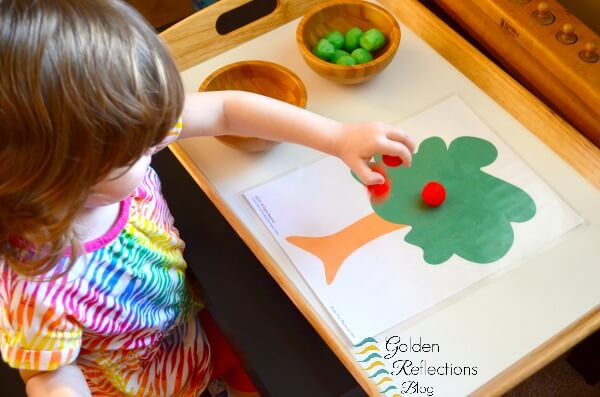 Fall play dough mats for apple theme tot school week. www.GoldenReflectionsBlog.com