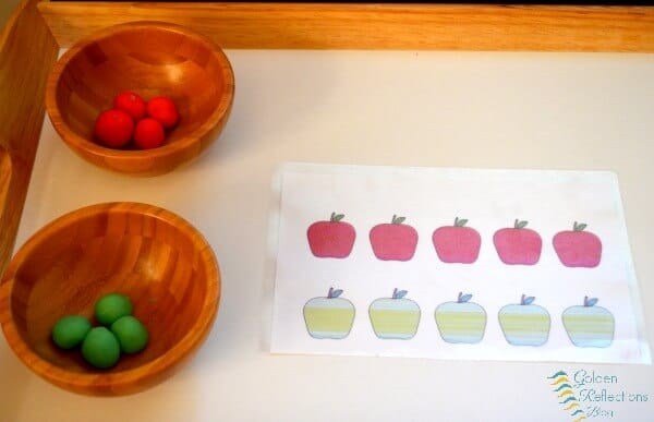 Play dough matching, sequencing, and patterns with apple theme tot school week. www.GoldenReflectionsBlog.com