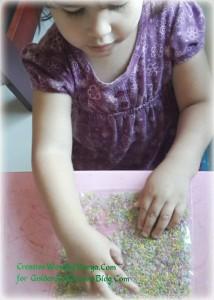 Ziplock sensory play ideas for kids. www.GoldenReflectionsBlog.com