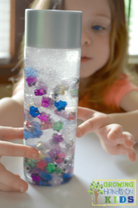 Slow falling star discovery bottle for toddlers and preschoolers.